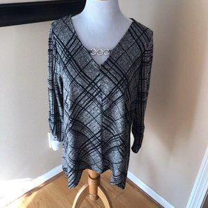Apt 9 V Neck Chain Link  Long Sleeve Shirt Sz L